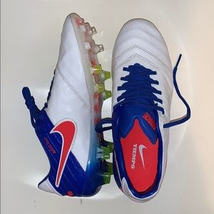 Brand new Nike Tiempo soccer cleats